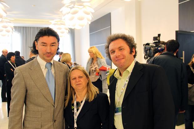 Katharina Göschl i Saša Petković iz KG Medie, u društvu Denisa Ivoševića, direktora Turističke zajednice Istarske županije - KG Media na Turističkom forumu Istre