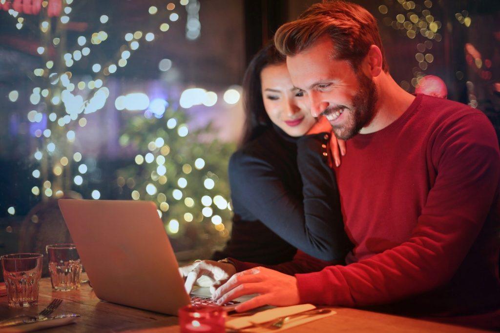 Korisnici pretražuju web